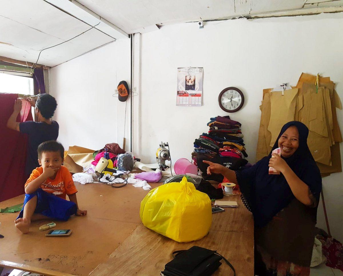 Faire Kleidung aus Bali