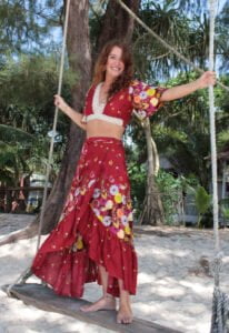 Boho Outfit Gypsy Sister red WEB