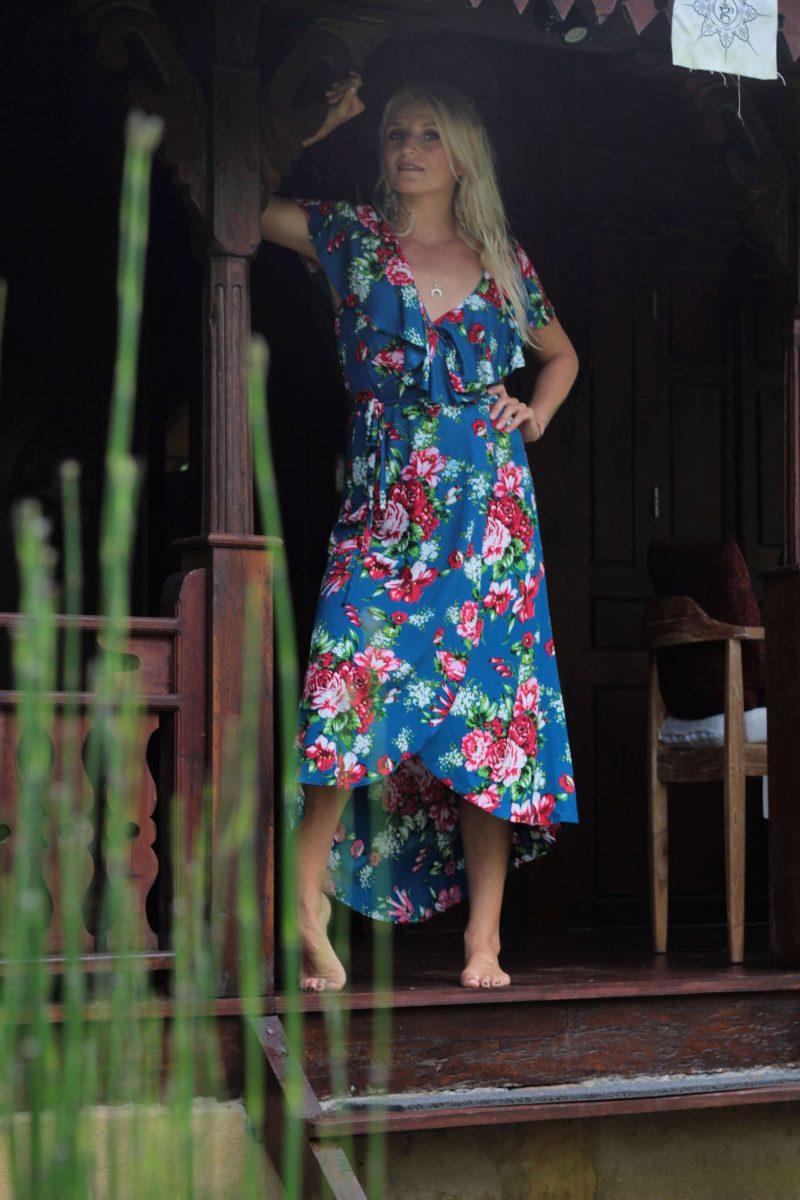 Luxusmode stabile Qualität letzte Veröffentlichung Blumen Wickelkleid blau - Boho Midi Sommerkleid mit Blumenmuster