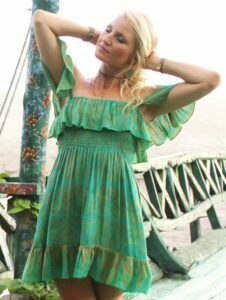 Off Shoulder Kleid grün Babydoll Grün Volant