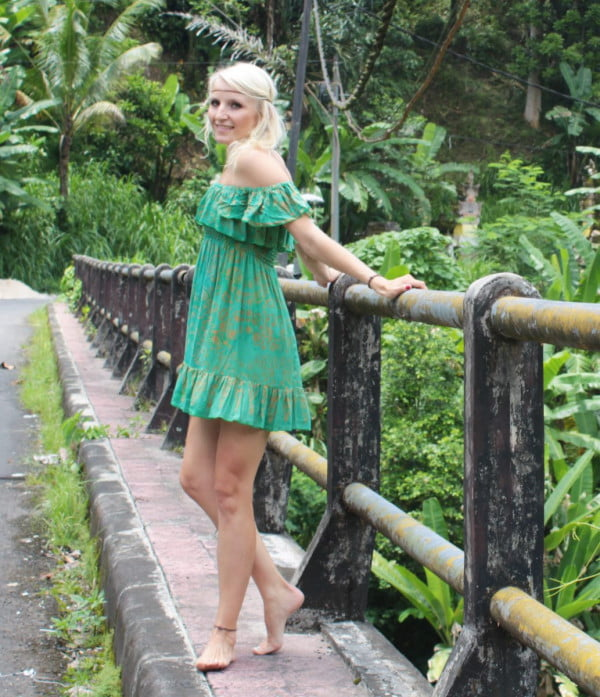 Boho Dress Green Volant
