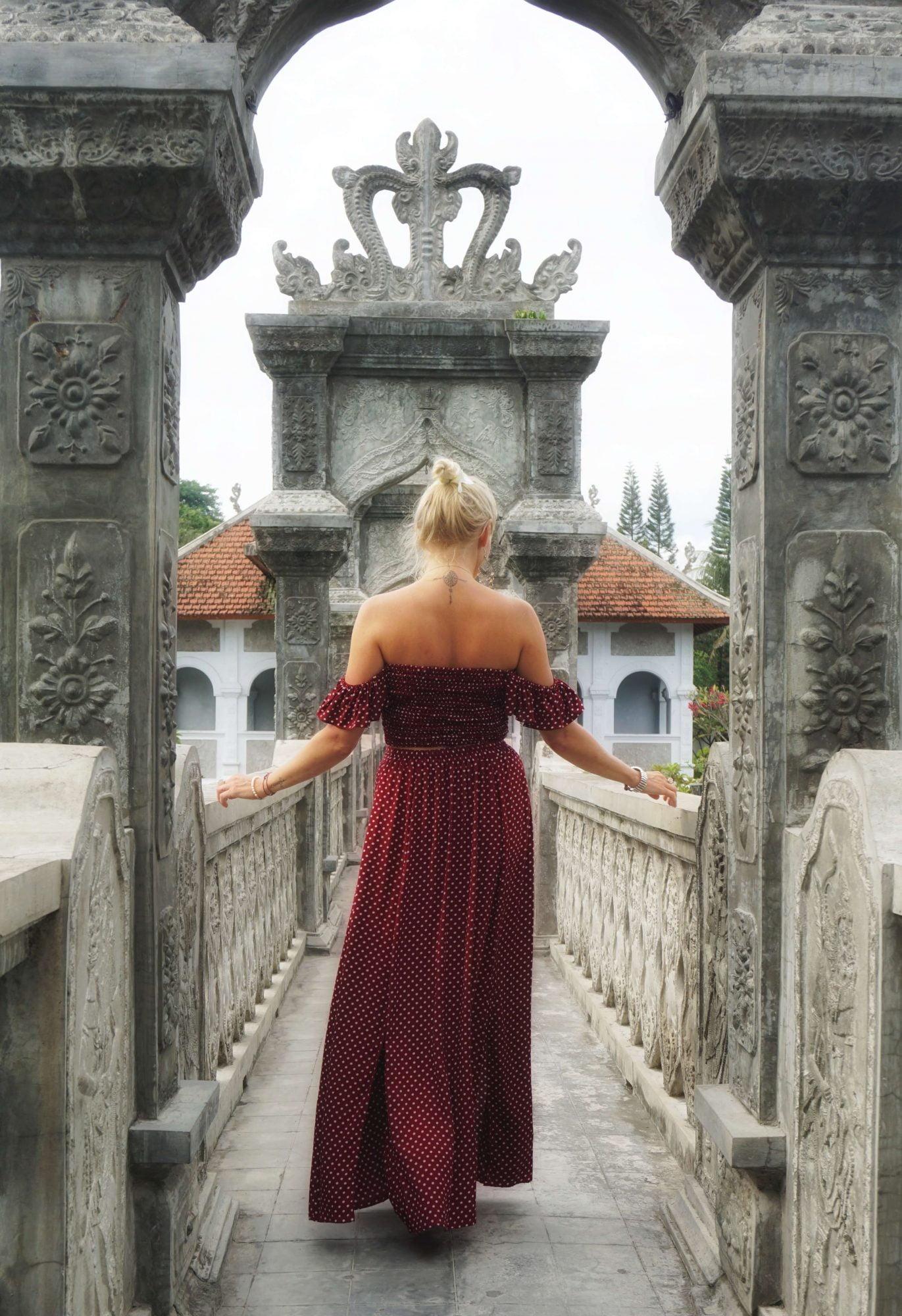 Sommerkleid gepunktet Rot Polka Dot Zweiteiler Kleid Weinrot Off Shoulder Maxikleid