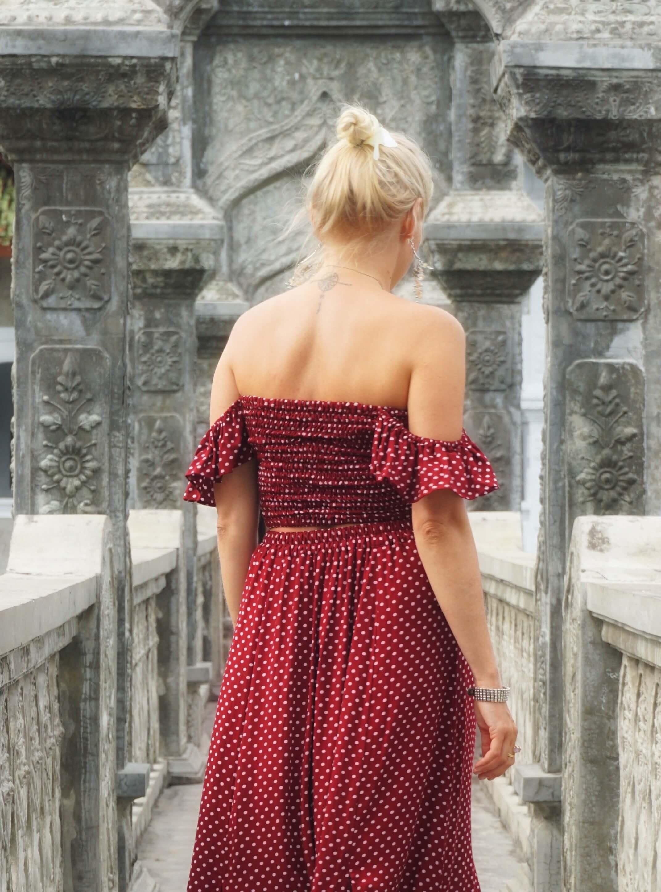 Boho Chic Tupfen Kleid Sommerkleid gepunktet Rot Polka Dot Zweiteiler Kleid Weinrot Off Shoulder Maxikleid