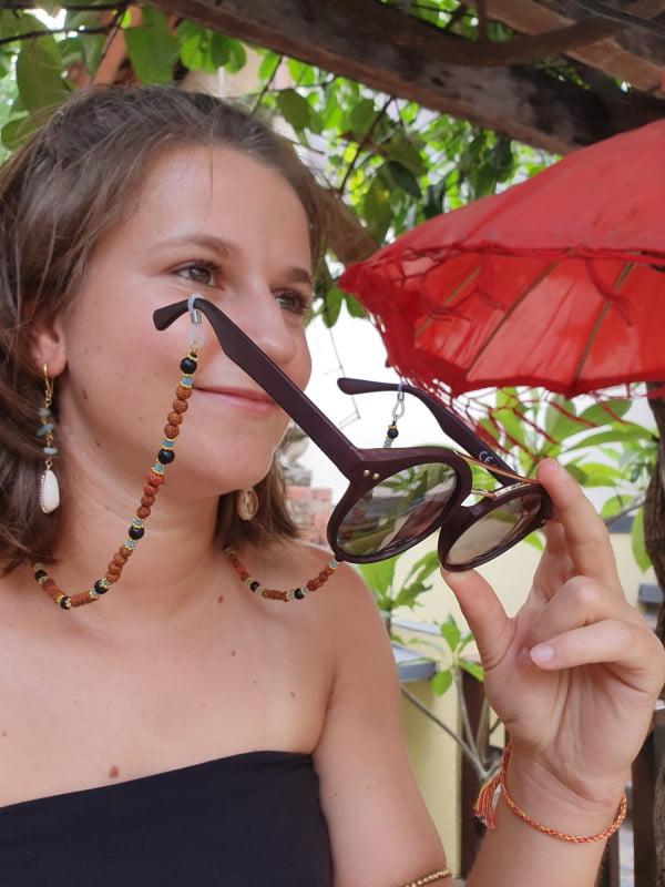 Brillenkette Rudraksa Lavastein Hellblau Hippie Boho