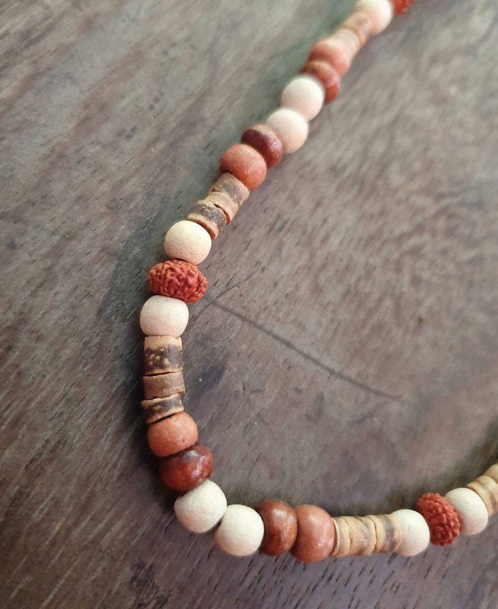 Hippie Brillenkette Holzperlen Rudraksa Meditation Natur Yoga