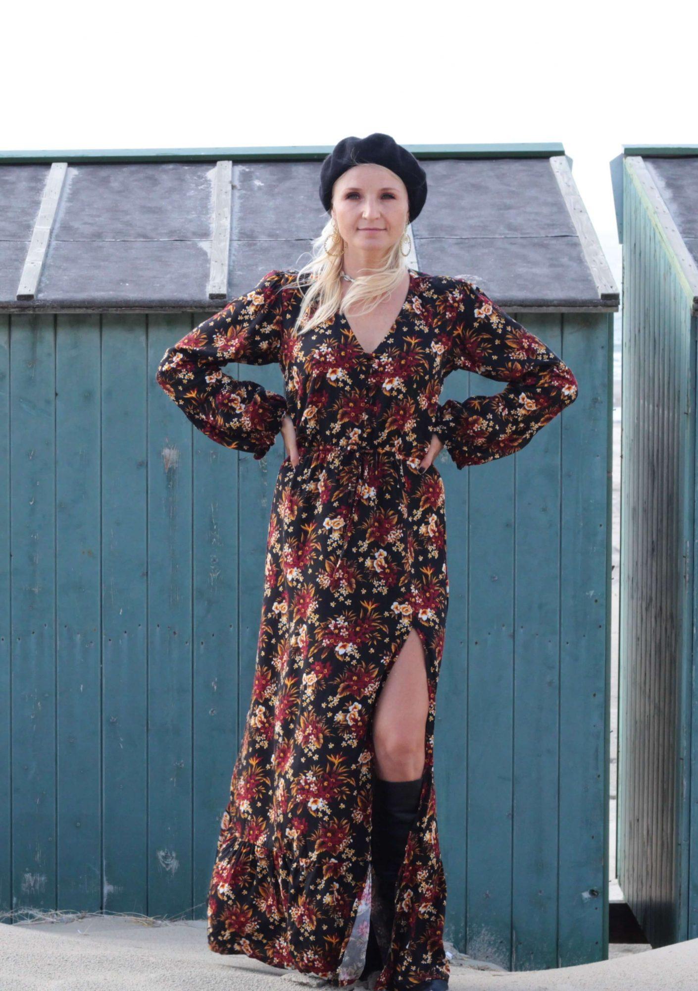 Boho Kleid Schwarz mit Blumen Langärmeliges Maxi Kleid