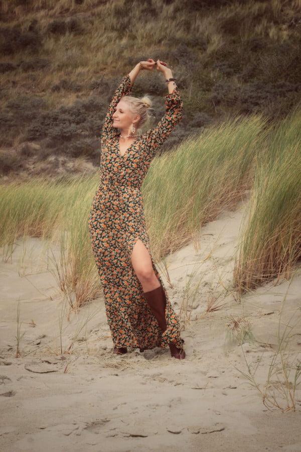 Langes Hippie Blumenkleid Grün Rosen Muster