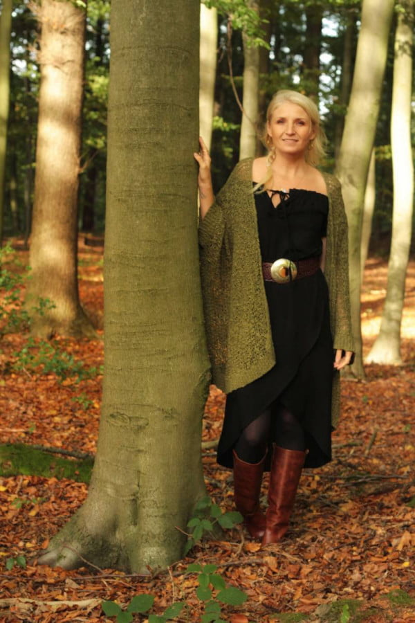 Bohemian Herbst Outfit Strickjack Grün Olive