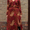 Bohemian Maxikleid mit Schlitz Langarm Bali Batik Rot
