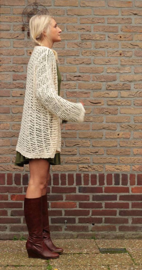 Boho Herbst Outfit Langer Cardigan Netz-Optik Beige Wollweiss Boho Style Shop
