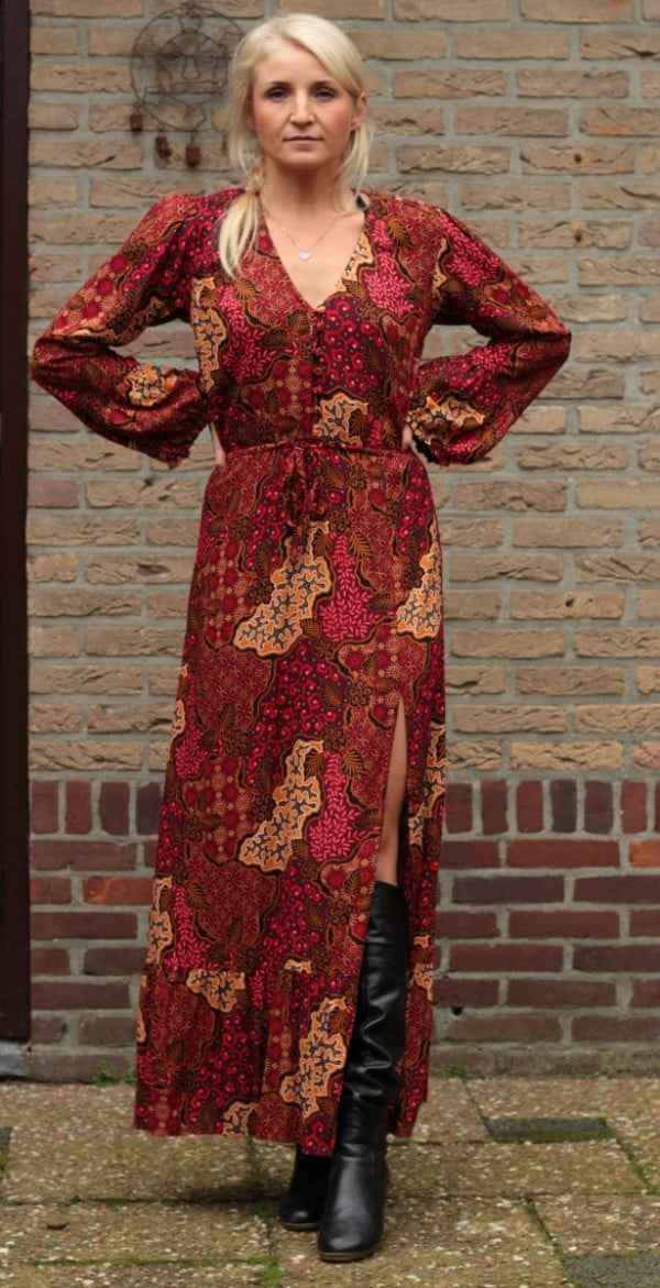 Herbst Outfit Boho Ibiza Style Schlitzkleid lang