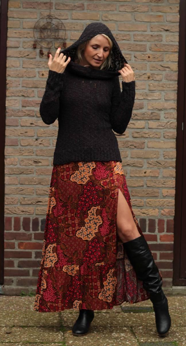 Herbst Outfits Damen Strickpullover und Boho Maxikleid mit Schlitz