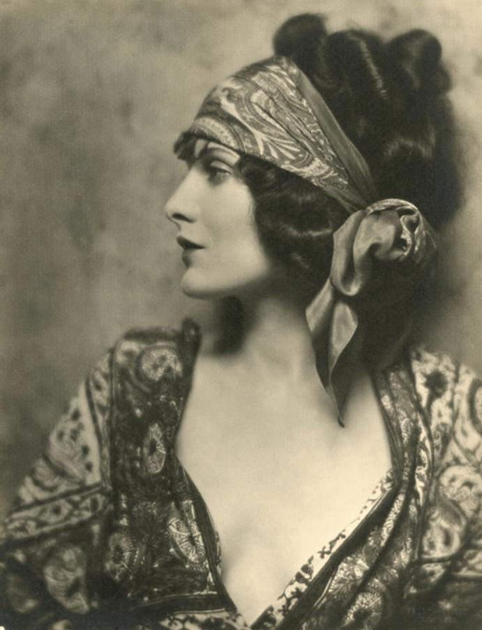 Stummfilm Star Evelyn Brent, 1924.