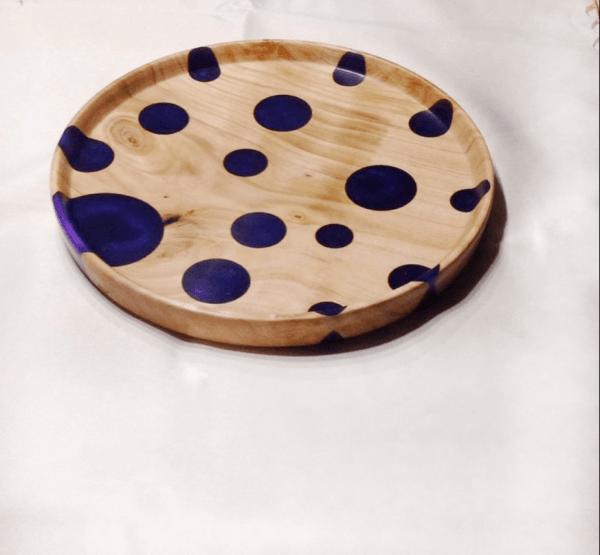 Handgefertigte Schale aus Holz