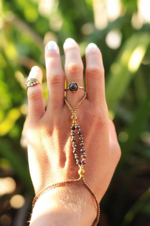 Makramee Ring Armband Handsandale Hippie Schmuck Handkette Boho Gypsy Schmuck