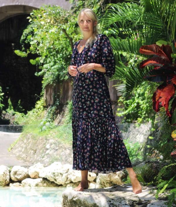 Boho Kleid Dunkelblau Blumenmuster Ibiza Bohemian Midikleid (1)