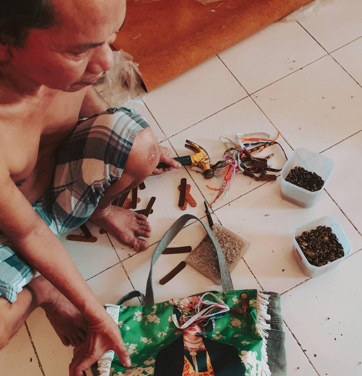 Handgefertigte Handtaschen aus Bali