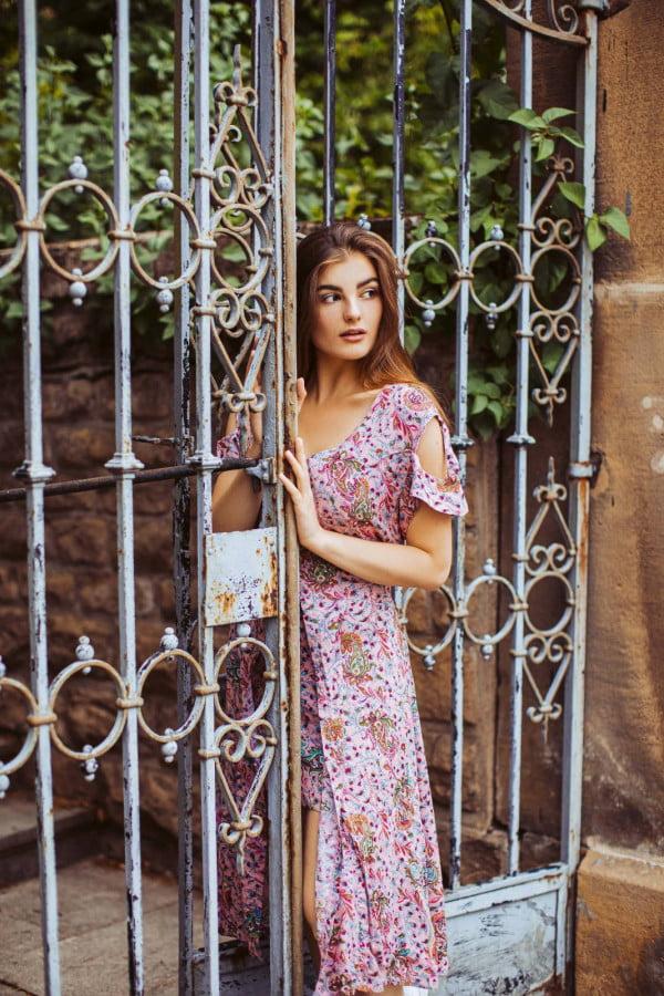 Boho Kleid Altrosé mit Paisley Print Cut Out Kleid Midi Kleid Sommerkleid