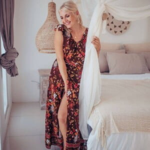 Boho maxi dress floral pattern brown with high slit
