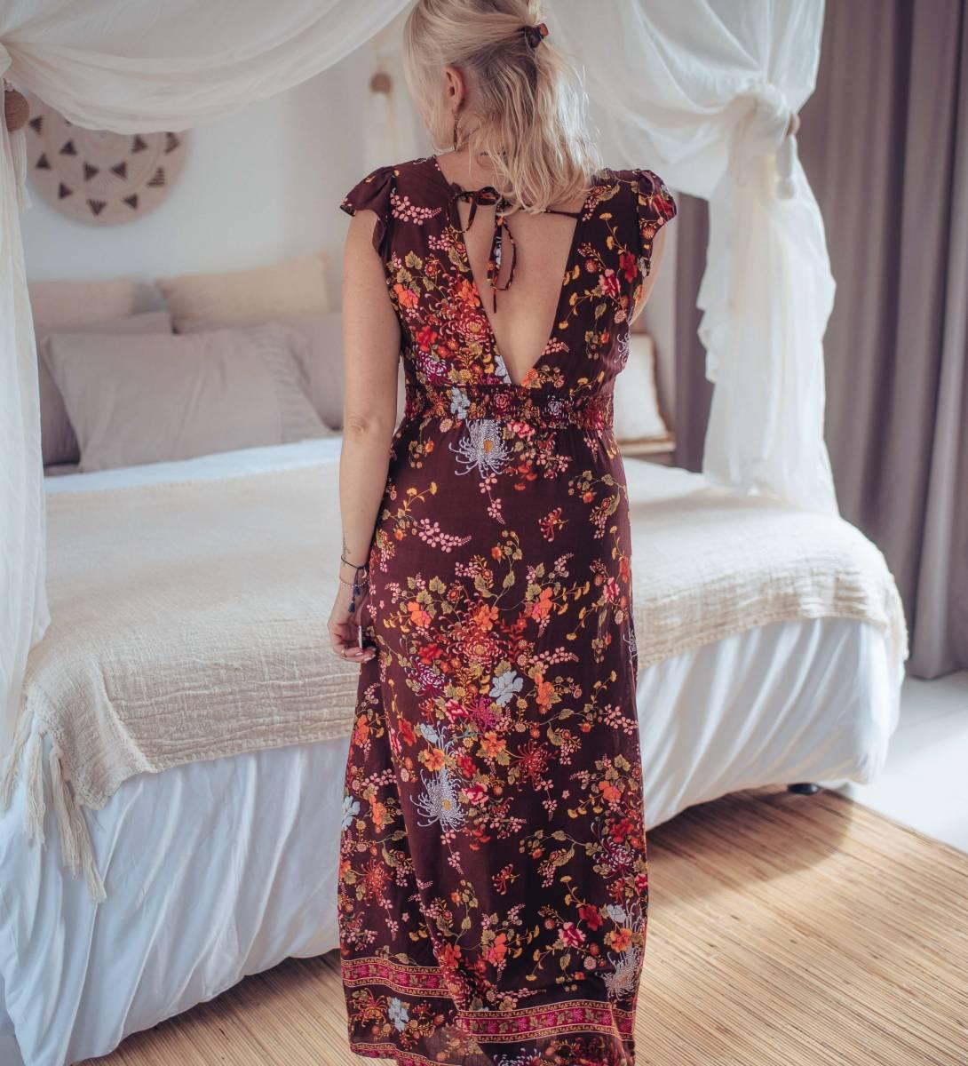 Maxikleid Rückenfrei Braun im Boho Style mit sommerlichen Blumen