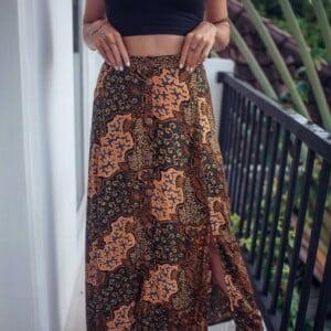 Boho Maxirock zum Knöpfen mit Schlitzen Haigh Waisted Folklore Bali Batik Muster