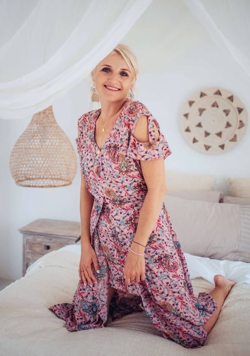 Boho Midi Kleid Altrosé Kurzarm mit Cut Outs