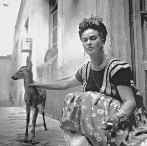 Frida Kahlo mit Rehkids