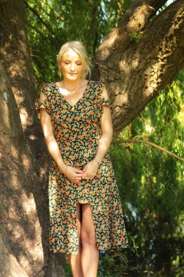 Kleid Blumen Sommer Boho Hippie Style Vokuhila Schnitt