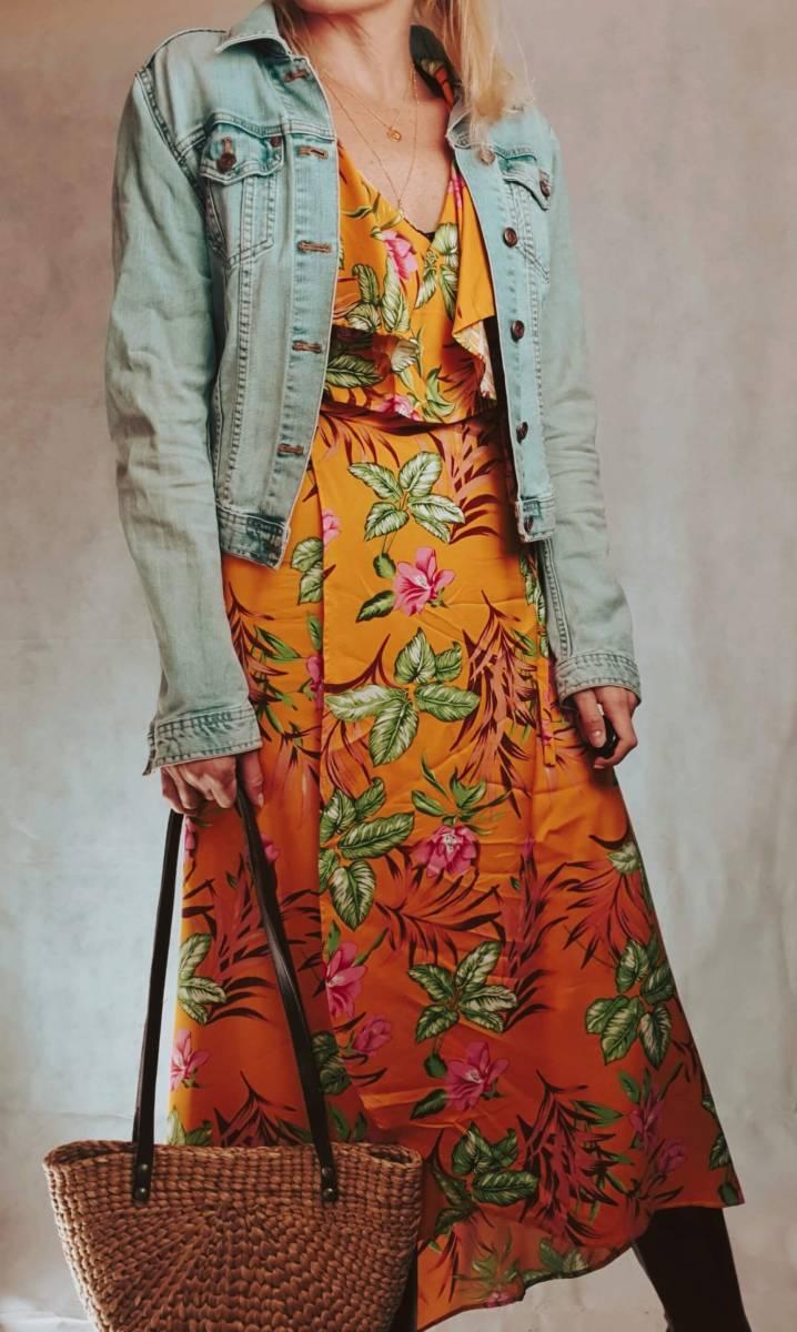Gelbe Kleider stylisch kombinieren im Frühling & Sommer -