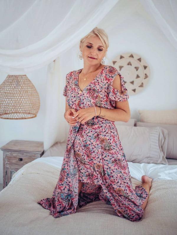 Sommer Midi Kleid Altrosé mit unregelmäßigem Saum und Cut Outs am Ärmel