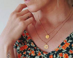 Halskette vergoldet Dreifach Mond Götting Mondstein Handmade in Bali Boho Schmuck Ibiza Style