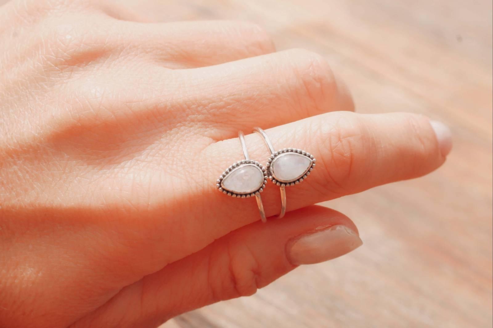 Boho Ring Doppelt Mondstein Hippie Style Made in Bali Tränenform Silber